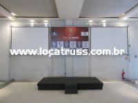 painel fundo de palco e telas de projeção